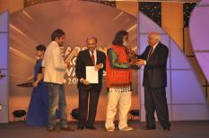 """IN THE CATEGORY : Teaching Excellence in Art Music Drama-Government School A MOMENTO, Intel Tablet TM105 ( 1GB-16GB-10.1""""-1.6Ghz-Android 4.0), CERTIFICATE AND A SIGNED NOVEL 'THE VICTORIA CROSS: A Love Story' BY Ashali Verma."""