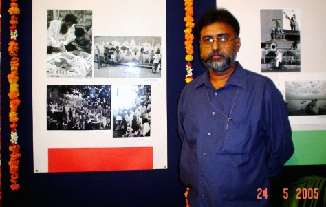 AT THE 17 NATIONAL PHOTO EXHIBITION, NEW DELHI 2005 WITH THE WINNING ENTRY